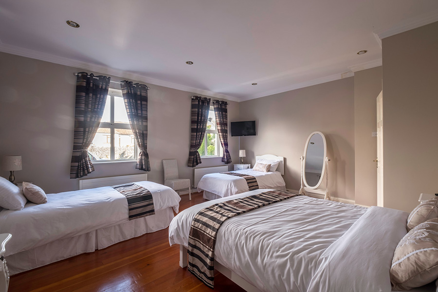 Mulberry Lodge Luxury Bed and Breakfast Accommodation in Ballyhaunis, Co. Mayo